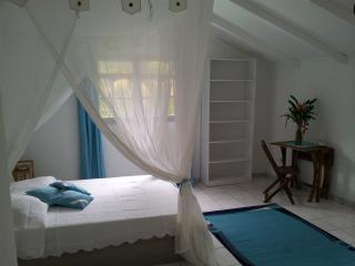 L'Arawak (chambre bleue), Deshaies