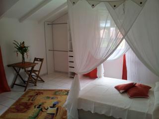 L'Arawak (chambre rouge), Deshaies