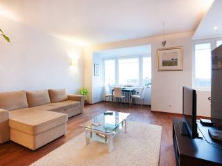 Modern, Central Apartment with Parking Included, Tallin