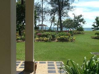 Private Garden & Ocean Views, Kota Kinabalu
