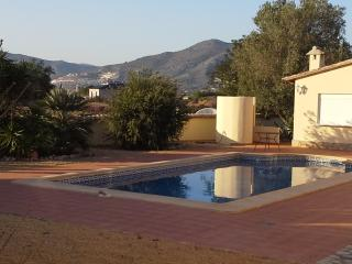 Lliber Sleeps 2 ground floor Apartment - Wi Fi A/C