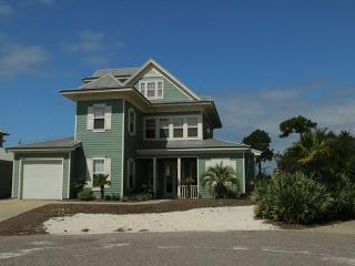 Beautifully Decorated Home in a Prime Location! Private Beach Access!, Gulf Shores