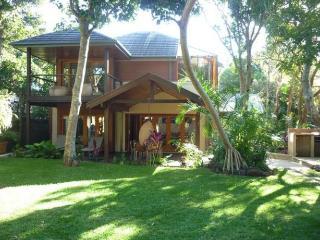 Slowdance Luxury Beach House, Byron Bay