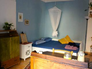 blu double room in historical center