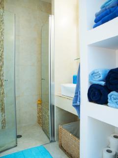 Amazing shower, inc. toilet, washing machine and dryer
