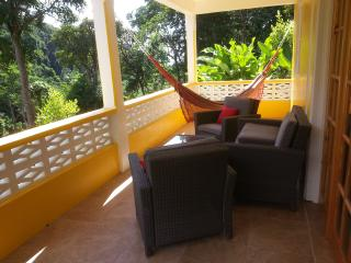 Mango Garden Cottages - Studio downstairs