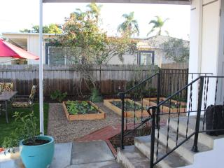 Hip bungalow bordering Carlsbad and Oceanside