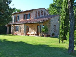 Borgo ai Lecci, Amazing Stone Villa in the heart of Tuscany