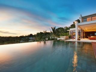 Beautiful Villa Built into Nature!, Surat Thani