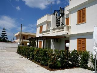 residence exteriors