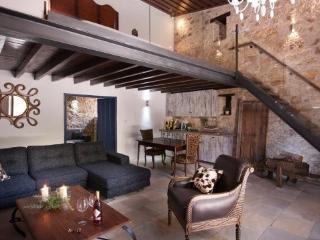 Traditional Cyprus Agro Stone Cottage - Lofou