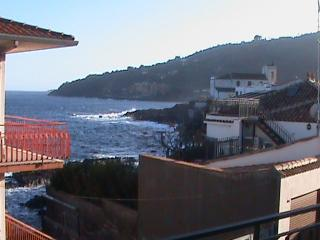 Apartment along the sea, Santa Tecla