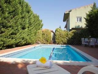Adele's Villa with pool, Altavilla Milicia