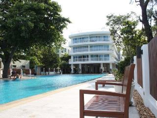 Luxury Huahin apt seaview 4 rent