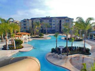 WINDSOR HILLS RESORT 3 BED condo-  Closest Vacation  Resort to Disney (1.5 mi or 2.4 km)! - (3GO2785, Orlando