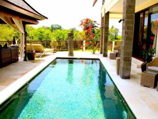 Luxury Holiday Villa w/ Pool in Bali - Sahaja 7