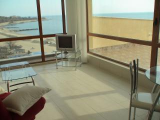 Sunny Bay Apartment