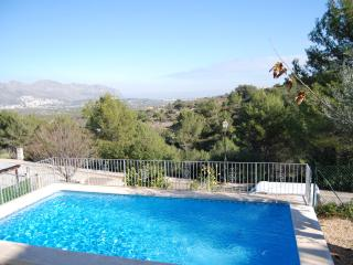 Giuseppe, Sleeps 6, Amazing Views, Orba