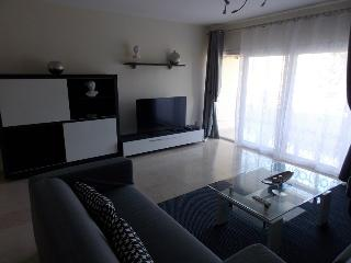 LUXURY APARTMENT NEAR PUERTO BANUS, Puerto Banus