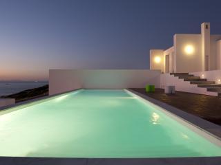 Blue Infinity Estate, Paros