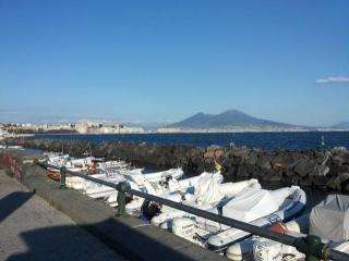 Casa Vacanza 2 livelli sul lungomare di Napoli