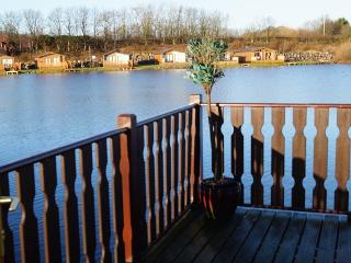 LAKEVIEW - Lakeland Lodges, Carnforth