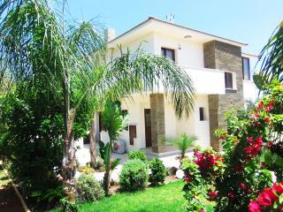 Cape Greco Villa 4 bedrooms (sauna, gym Jacuzzi)