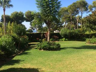 South facing garden apart. -Jardin A Miraflores, Mijas