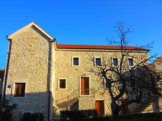 Perfect dalmatian stone house - Jelsa (Hvar)