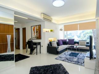 iLoveIt*CENTRAL*MTR*OPEN VIEW*3bed2bath*Big*Discount*, Hong Kong