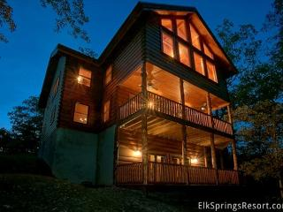 Luxury 6 Bedroom Cabin with Theater Room, Game Room & Amazing Views-Sleeps 16, Sevierville