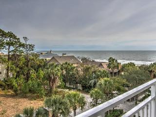 2407 SeaCrest-Fantastic Ocean Views. Toes in the sand is just steps away., Hilton Head