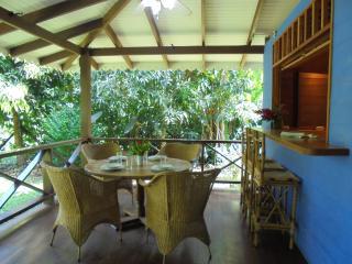 Casa Mar y Luz, spacious house in Playa Chiquita, Puerto Viejo de Talamanca