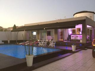 Chalet de lujo con piscina privada, Torrevieja