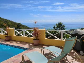 Affordable Villa with Private Pool - Sun Kissed!, Teague Bay