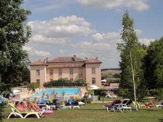 Villa en Residence de vacances avec piscine, golf, Lombez