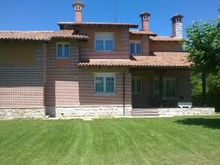 Chalet independiente en Tudela de Duero , piscina