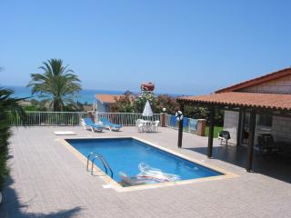 Bungalow, Amazing Views, En-suite, Coral Bay, Pafos
