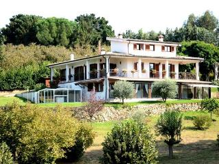 Relaxing Country House close to Rome and more, Bassano Romano