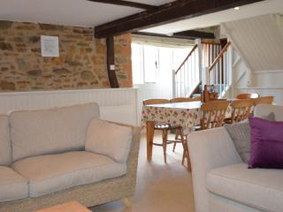 The Stables Downstairs- open-plan living