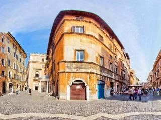 Costaguti Apartment  Campo de Fiori/Pantheon, Rome