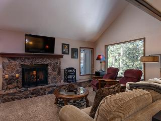 Captivating North Shore Condo, Incline Village