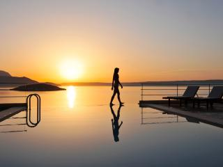 SK Place Anemos seafront infinityheated pool Crete, Almyrida
