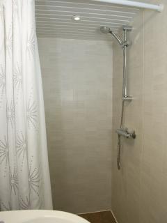 Shower in ensuite