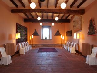 Castle for Rent Near Costa Brava in Spain - Castillo Catalunia