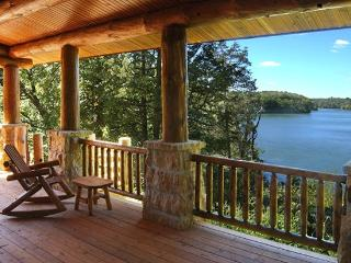 The Cottage on Lake Galena