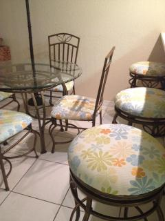 Dining table with seating for 4 plus 3 stools
