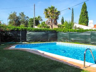97 OuraBeach_Albufeira - Pool and Garden
