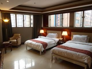 Delxue Executive Twin Beds in City Center