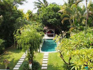 Bima Villas - 1,2,3,5,7,10 BDRM Private Pool Villa, Seminyak
